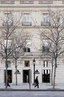 ADIDAS BRAND CENTER PARIS - CCE